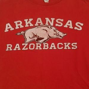 3/$20 Arkansas Razorbacks red shirt sz small